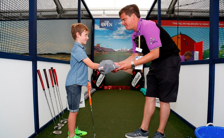 Boy wins Titleist prize for top  putting.jpg