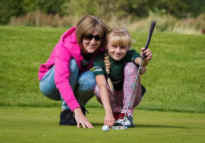 LB Mum & Daughter at GolfSixes event.jpg