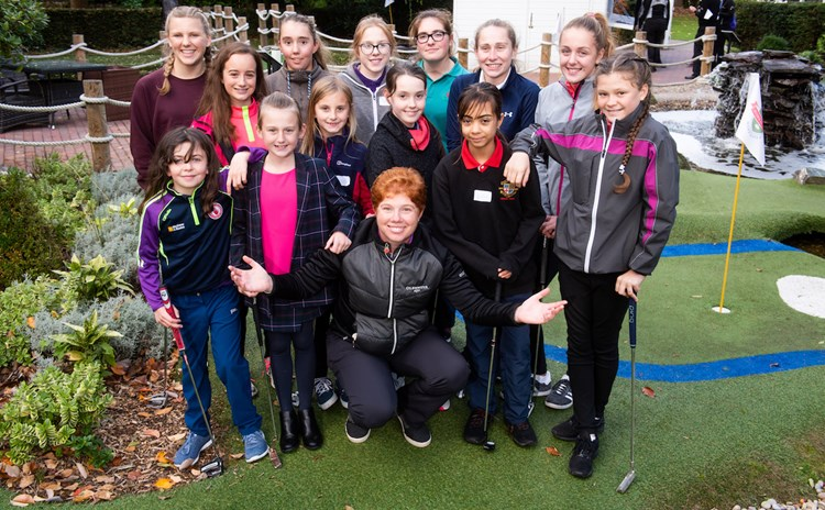 Felicity with GGR young ambassadors – Leaderboard Photography.jpg